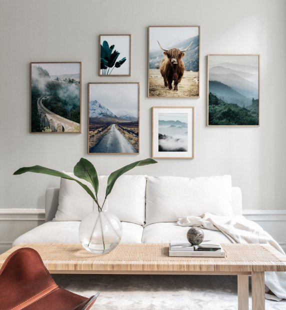 Gallery wall with beautiful nature motifs